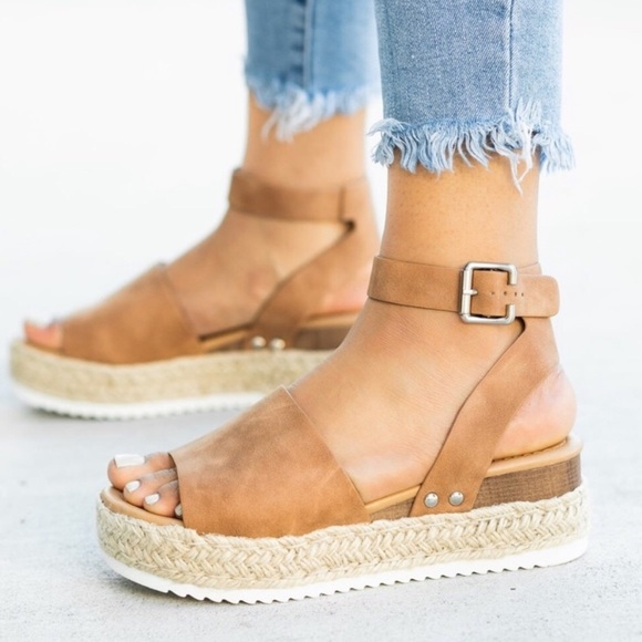 5f30e8275e75 Four Hearts Boutique Shoes
